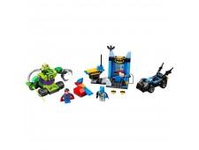 Конструктор LEGO Juniors 10724 Бэтмен и Супермен против Лекса Лютора - 10724