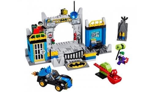 Логово Бэтмена 10672 Лего Джуниорс (Lego Juniors)