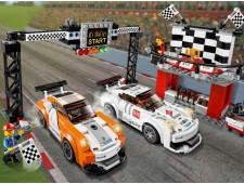 Финишная линия гонки Porsche 911 GT - 75912