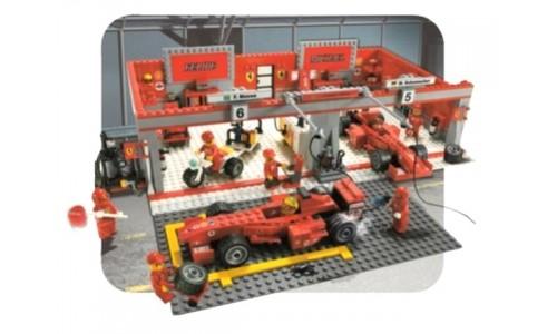 Команда Феррари Михаэля Шумахера 8144 Лего Гонки (Lego Racers)