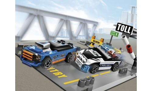 Хаос на шоссе 8197 Лего Гонки (Lego Racers)