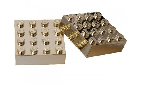 Магниты: Два золотых кирпичика 4х4 852745 Лего Магниты (Lego Magnets)