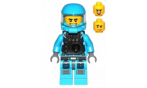 Alien Defense Unit Soldier 6 ac014